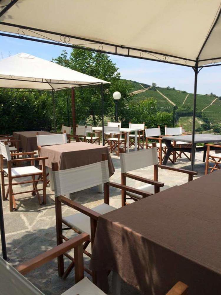Book La Terrazza del Barbaresco in Neviglie Now! - Best Price ...