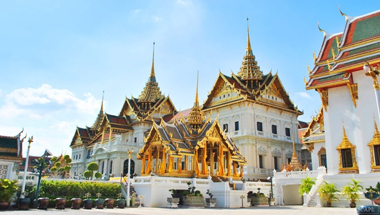 Royal Grand Palace & Emerald Buddha Temple Tour