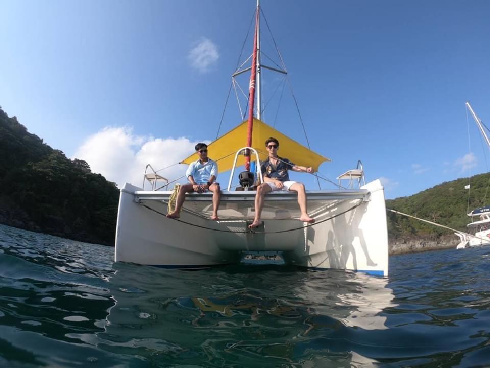 ทัวร์เกาะไข่นอกและเกาะไข่นุ้ย โดยเรือยอร์ช คาตามารัน