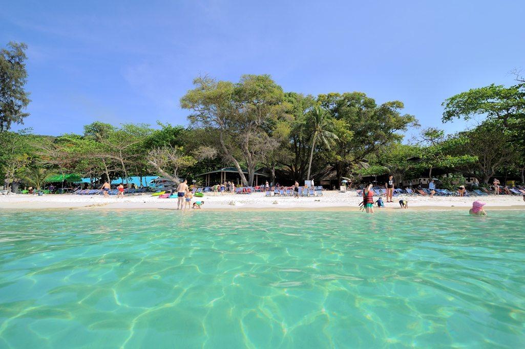 ทัวร์เกาะเฮ (Coral Island) โดยเรือยอร์ช คาตามารัน
