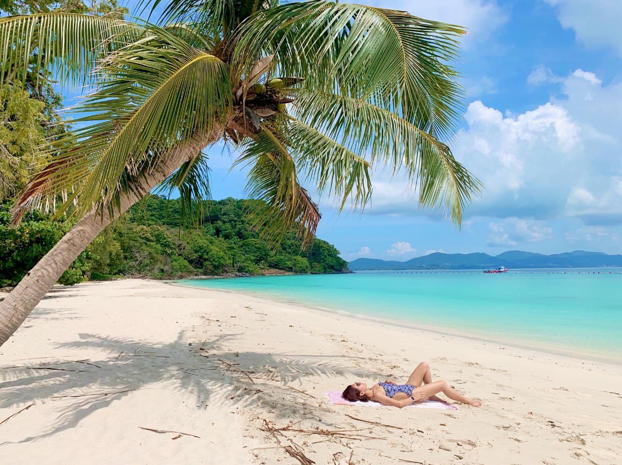 Coral Island Tour by Yacht Catamaran from Phuket