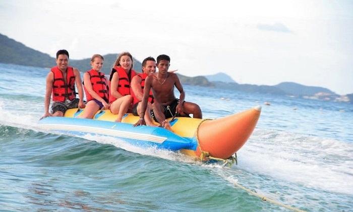 ทัวร์เกาะเฮ โดยเรือสปีดโบ๊ท