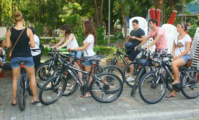 Bangkok of Old Cycling Tour