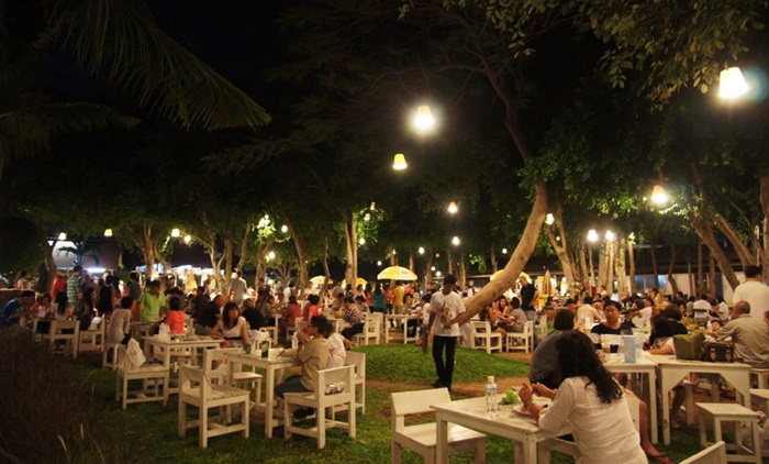 Hua Hin Night Tour + Dinner