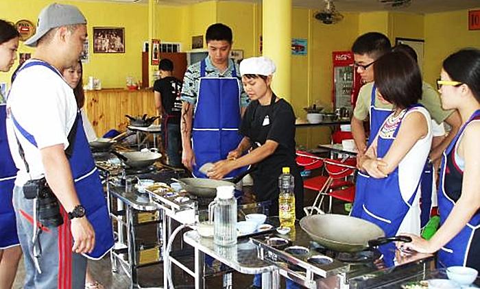 โรงเรียนสอนทำอาหารไทย หัวหิน