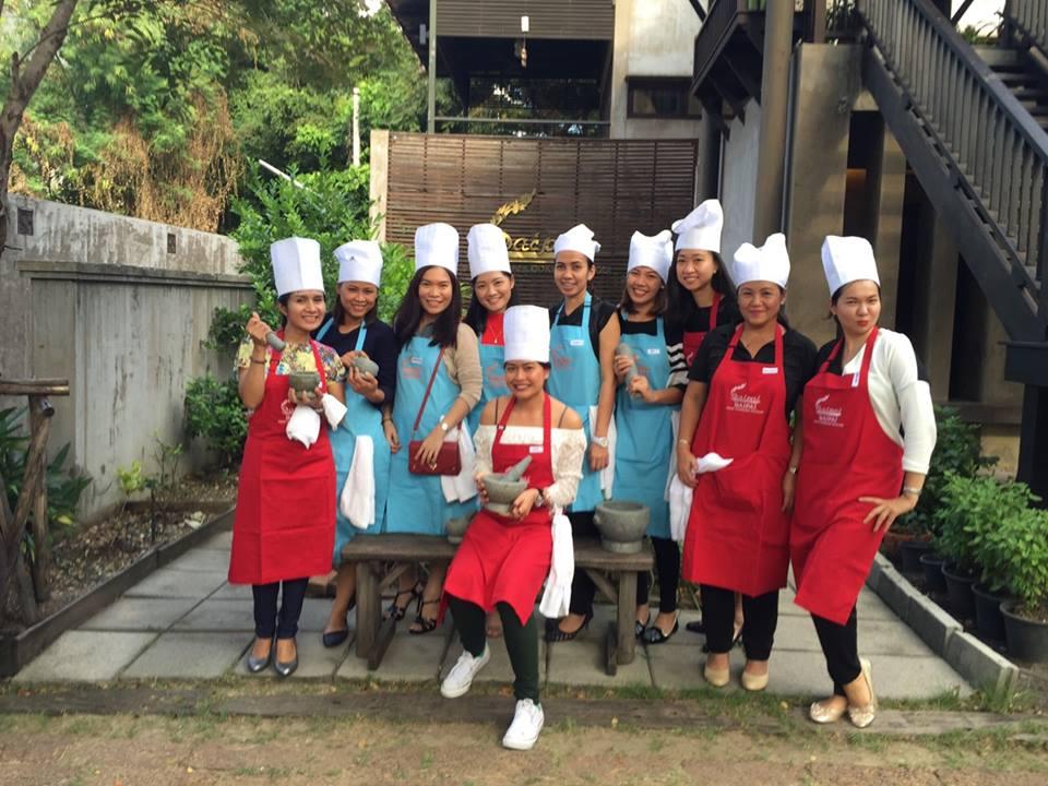 โรงเรียนสอนทำอาหารไทยใบพาย