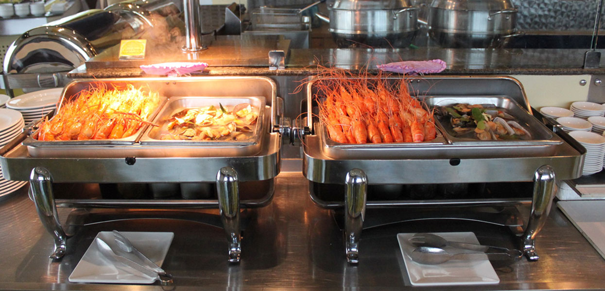 International Buffet and Seafood at Baiyoke Sky Hotel