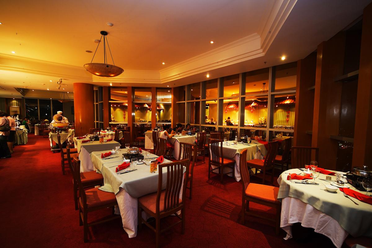 Stella Palace Chinese Restaurant on 79th Baiyoke Sky Hotel