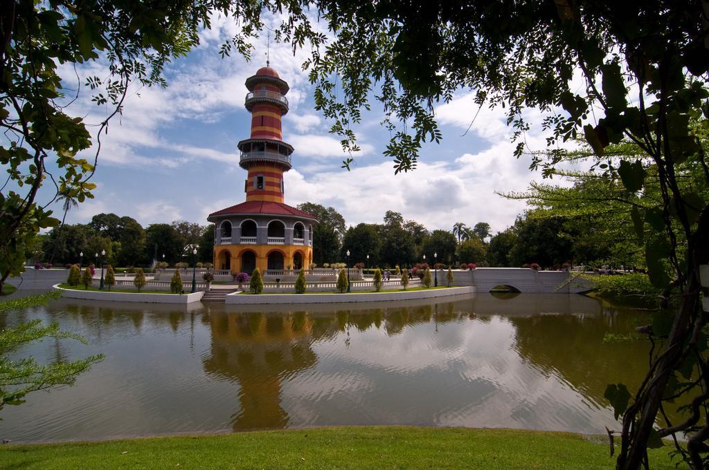 Historic Ayutthaya Bicycle Tour