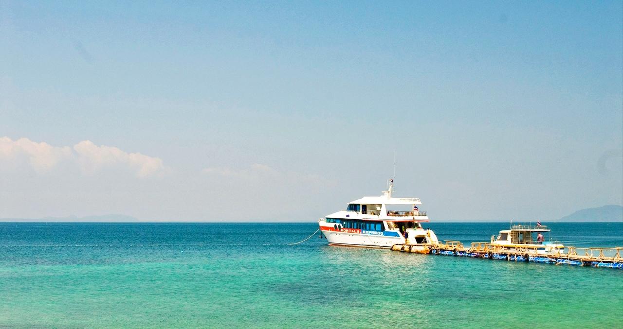 ทัวร์ ดำน้ำชมปะการังเกาะทะลุ