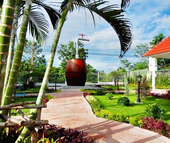 Upside Down Pattaya