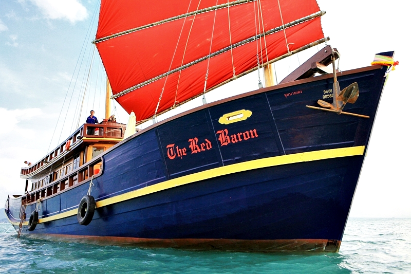 Angthong Marine Park Day Cruise by Red Baron