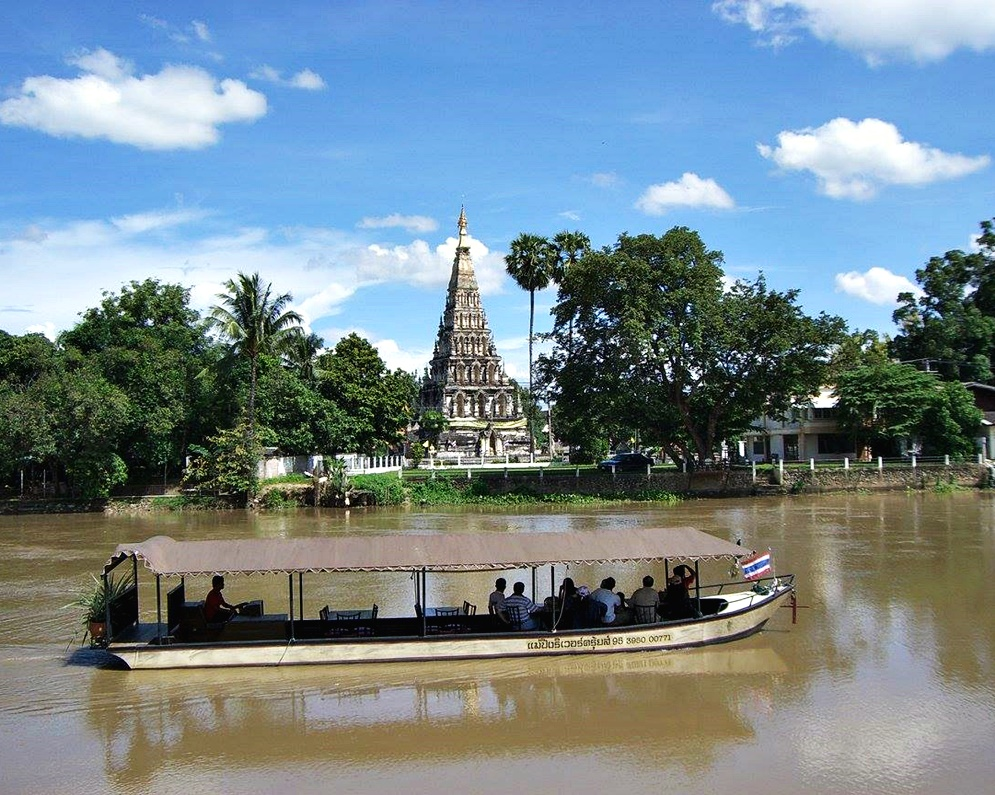 Wiang Kum Kam Tour by Boat