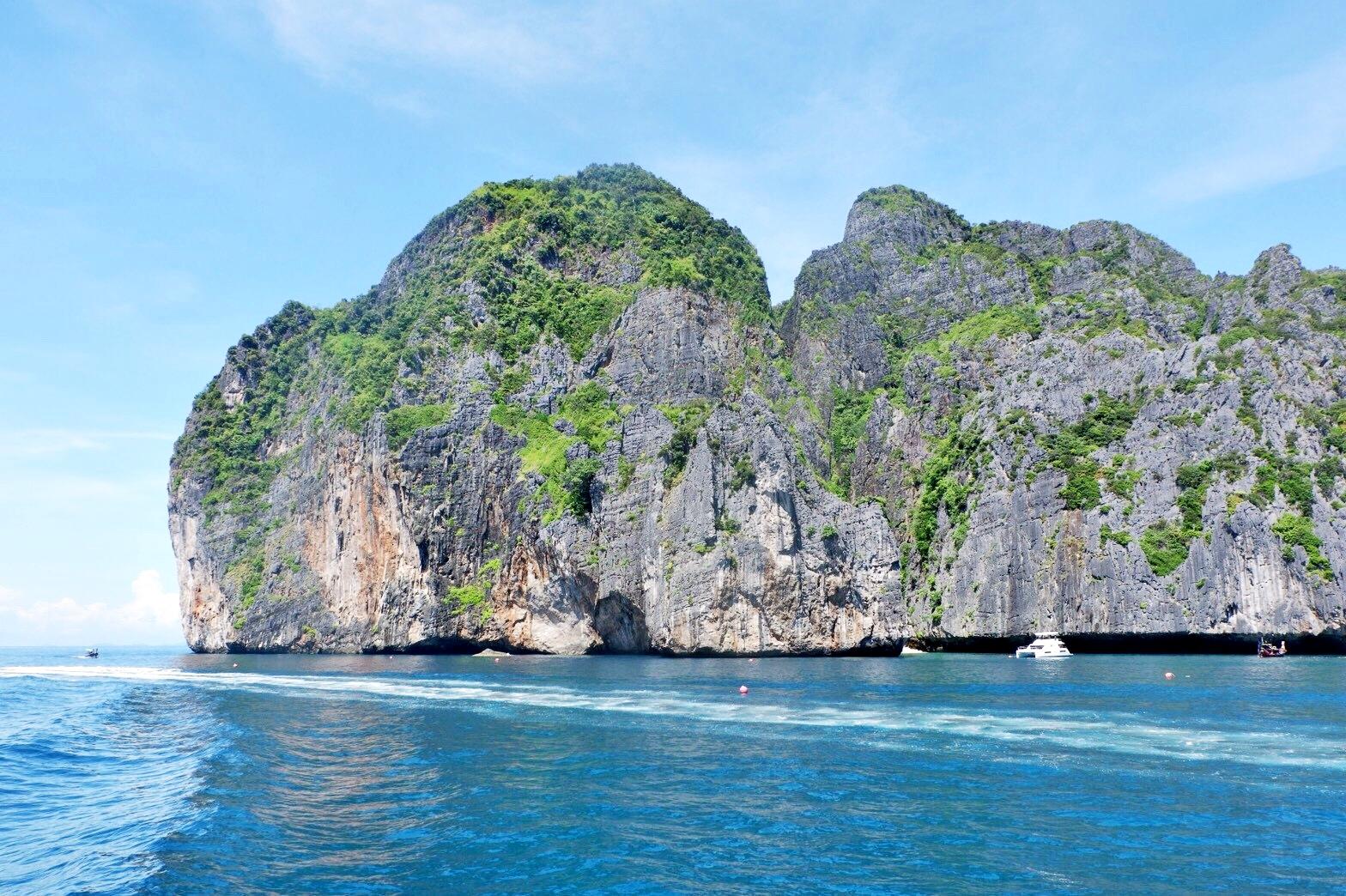 ทัวร์ 4 เกาะ 8 จุด พีพี มาหยา เกาะไข่ เกาะไม้ท่อน