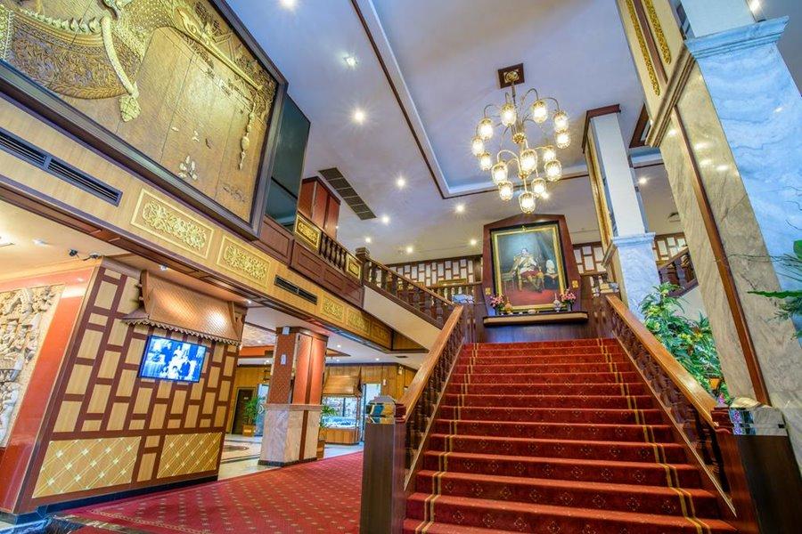 โรงแรมอเล็กซานเดอร์ กรุงเทพฯ