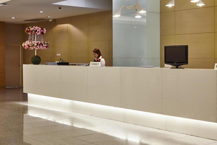 โรงแรมใบหยกสวีท กรุงเทพฯ