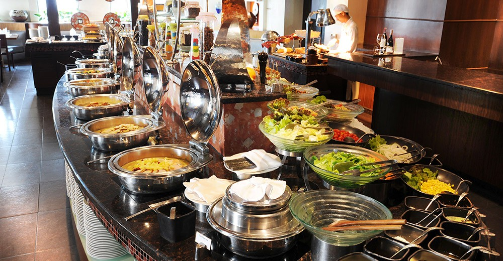 DoubleTree by Hilton Bangkok Ploenchit ( Formerly Majestic Grande Hotel Bangkok )