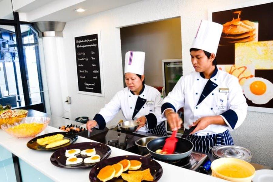 Flipper Lodge Hotel Pattaya