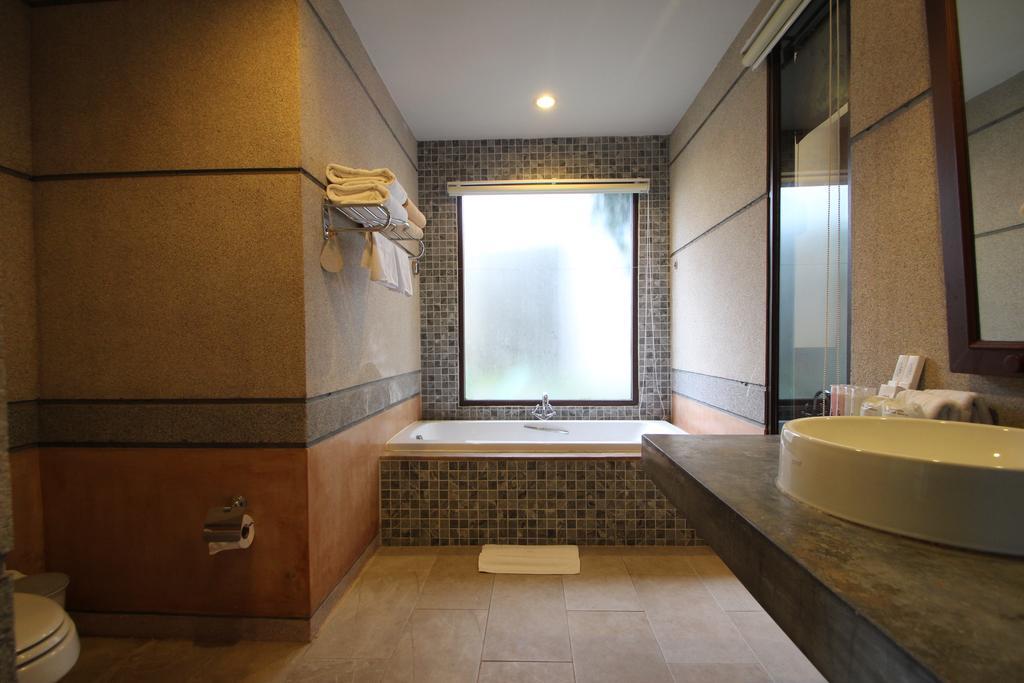 Railay Village Resort & Spa Krabi