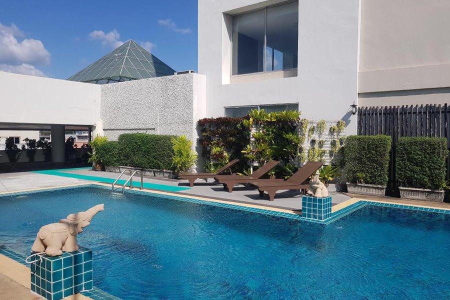 โรงแรมเดอะซิตี้ ศรีราชา ชลบุรี