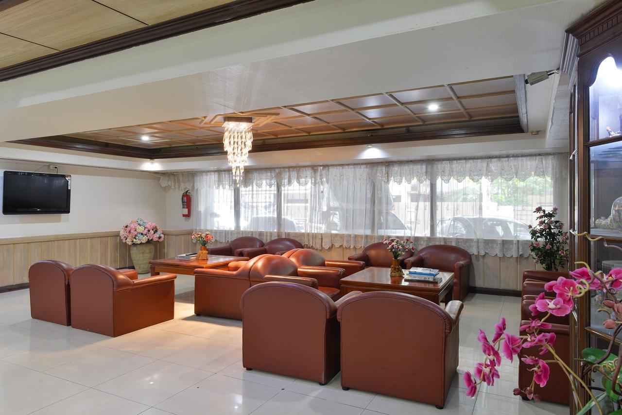 โรงแรมไนซ์ พาเลซ กรุงเทพ