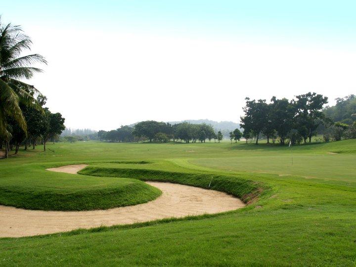 Palm Hills Golf Club & Residence Hua Hin