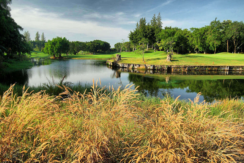 Alpine Golf Club Bangkok