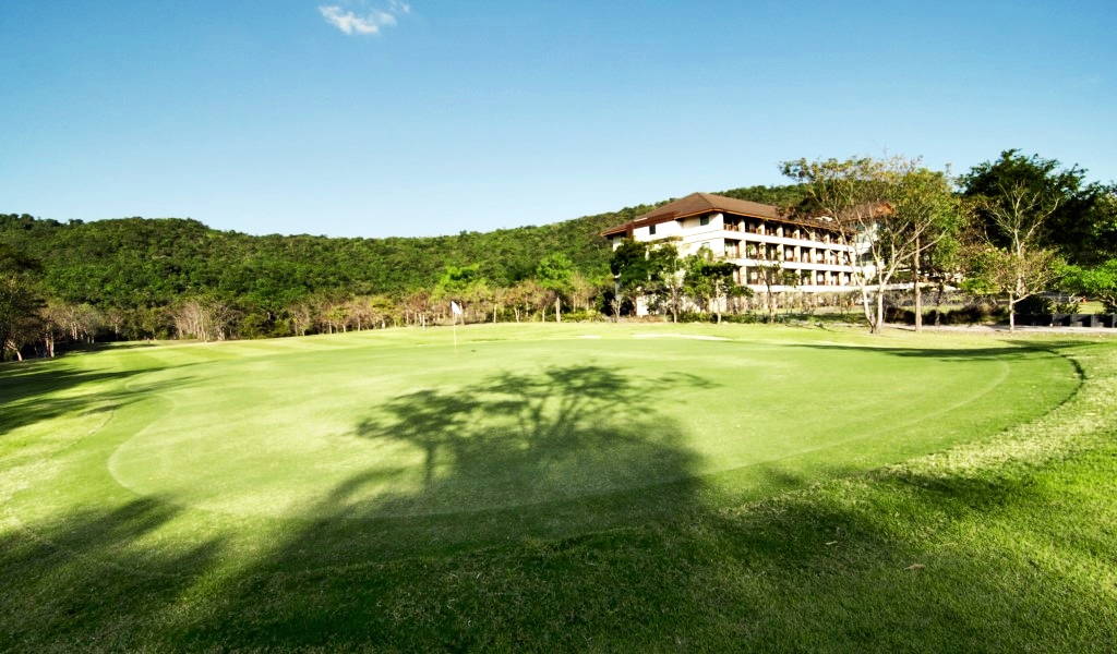 Hillside Country Home Golf and Resort