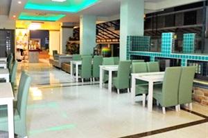 Add Plus Hotel Phuket