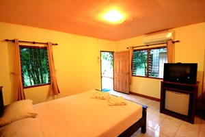 Aonang Lake Side Bungalow Krabi