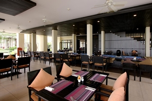 Apsara Beachfront Resort and Villa Phang Nga