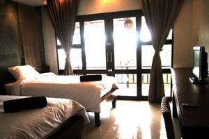 โรงแรมบลูมารีน รีสอร์ท เกาะพะงัน