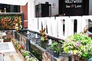 Hollywood Inn Love Phuket