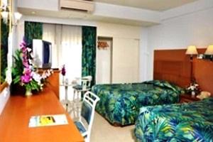 โรงแรม เบเวอร์ลี่ พลาซ่า