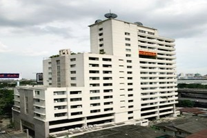 Interchange Tower Service Apartment Bangkok