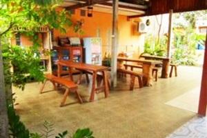 Krachang Yai Guest House Kantaralak Sisaket