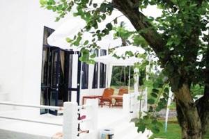 Laemsing White House Resort Chantaburi