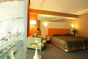 Miracle Transit Hotel Bangkok