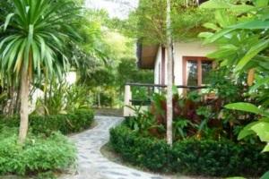 Loyfa Natural Resort  Koh Phangan