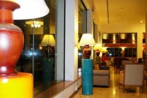 โรงแรม เอ็ม เจ เดอะ มาเจสติค