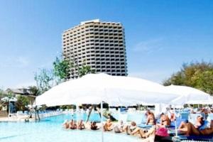 Novotel Tipviman Resort and Spa Hotel Cha Am