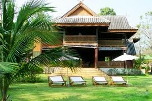 Ruen Thai Rim Haad Rayong