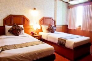 โรงแรม สกลแกรนด์พาเลซ