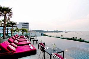 Sea Me Spring Too Hotel Pattaya