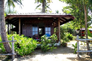 Sukorn Beach Bungalows & Tours Trang