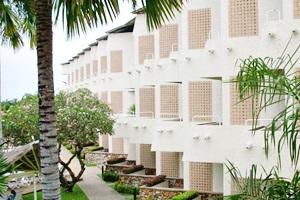 โรงแรม ทรอปิคาน่า พัทยา