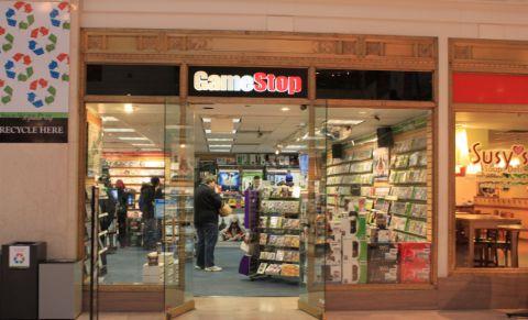 Odstupující šéf GameStopu si odnese téměř čtyři miliardy korun v akciích
