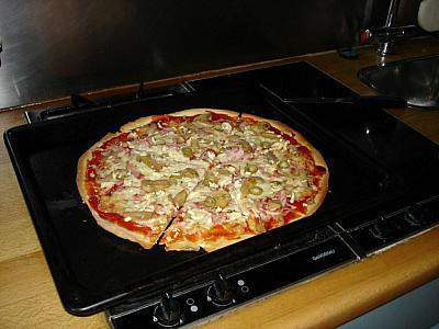 RECEPT: Pizza jako od kmotra...