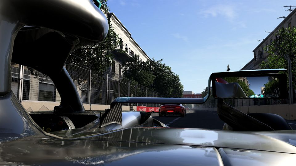 Safety Car od Mercedesu budete potkávat poměrně často. Na Aston Martin očividně nezbyl čas...