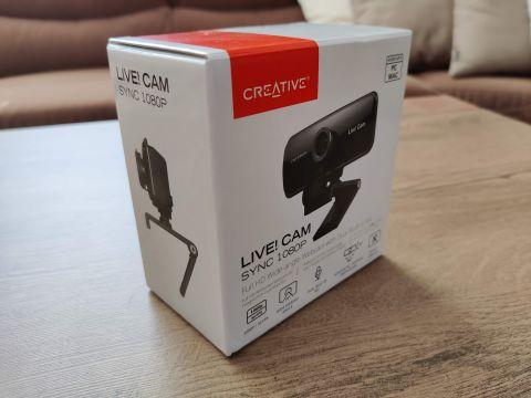 Webkamera dorazí ve střídmé malé krabičce